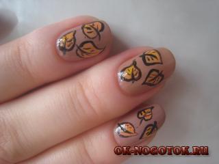 Нарисовать на ногтях листья